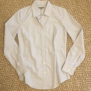 GAP blue striped button down shirt